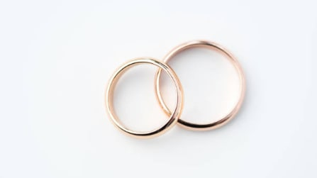 gold ring (206)
