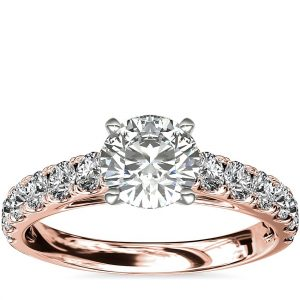 大教堂密釘鑽石訂婚戒指