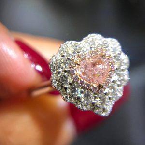 心形粉紅鑽18K白金戒指