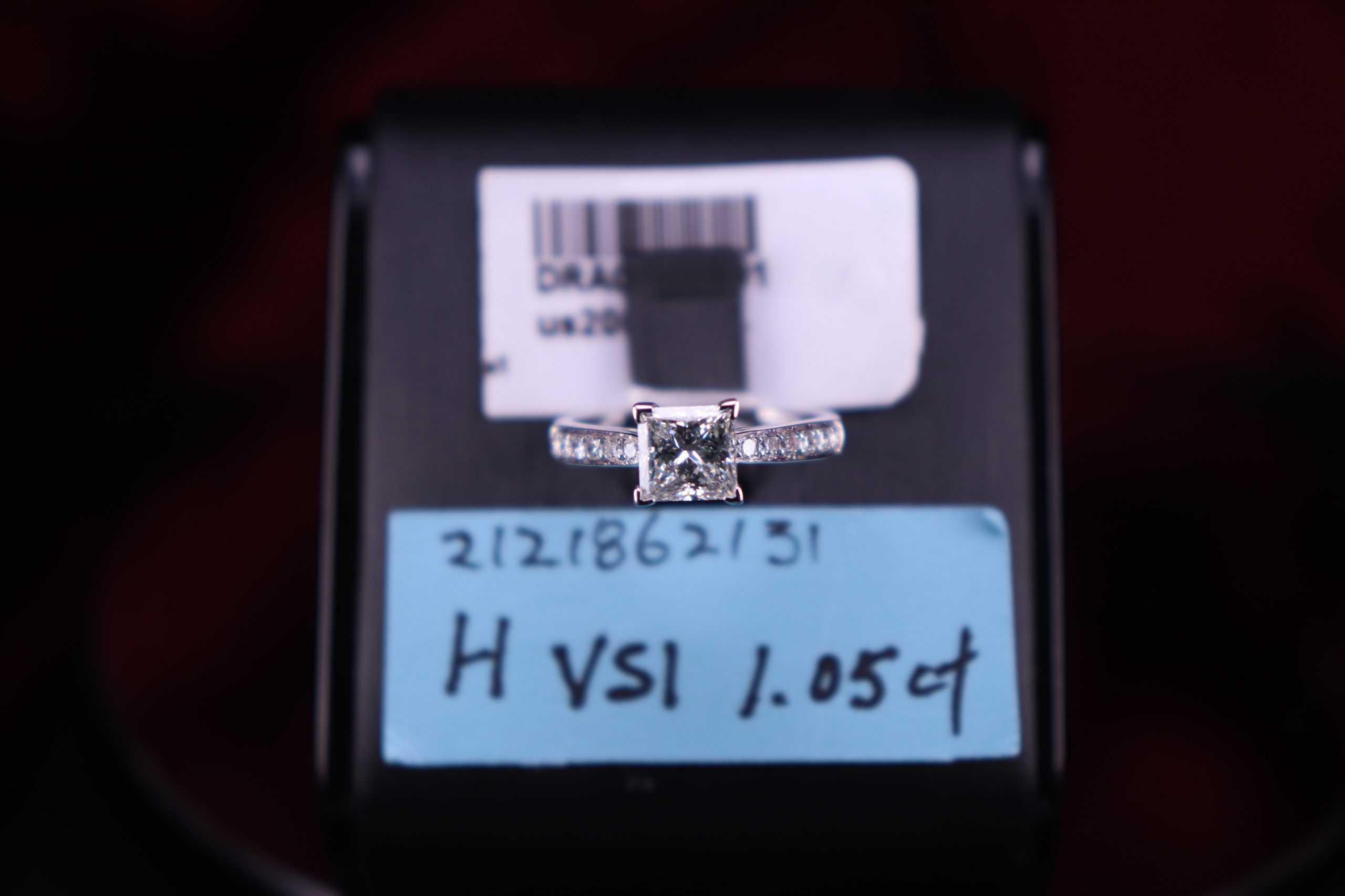 H VS1 1.05ct
