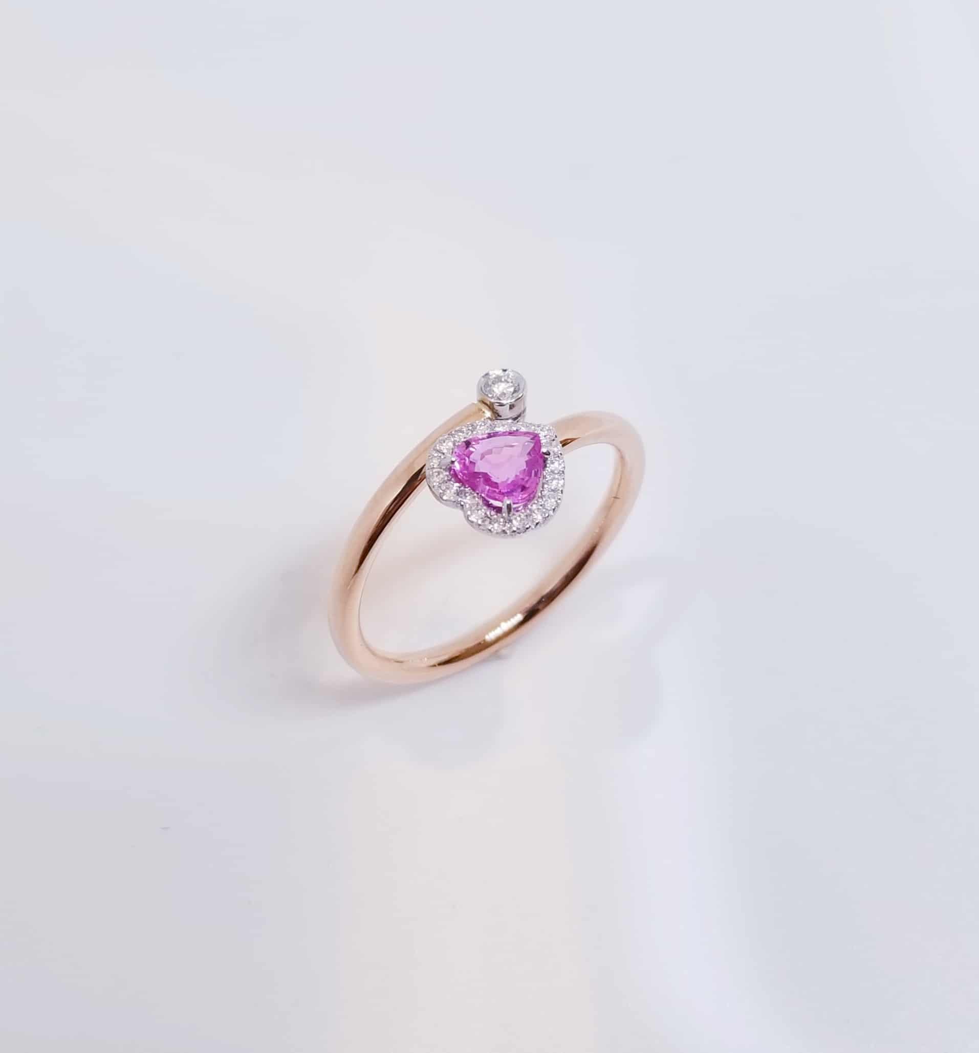 18K金屬心形粉紅藍寶石鑽石戒指