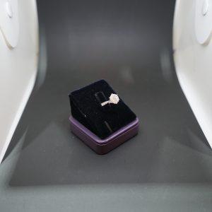 圓形鑽石戒指