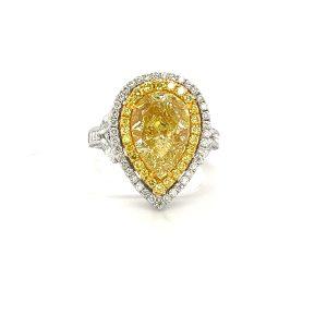 梨形黃鑽戒指